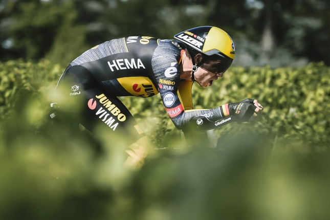 TDF: V časovke zvíťazil Wout van Aert pred Asgreenom, Vingegaard si poistil druhé miesto