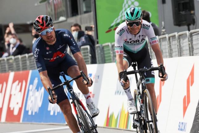 V Alpách triumfoval únik. Moscon prekonal dvojicu z Bory, Bilbao skočil na tretie miesto GC
