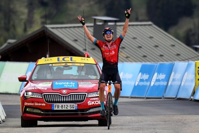 Dauphiné: Na La Plagne zaskočil favoritov Mark Padun, Richie Porte získal žltý dres