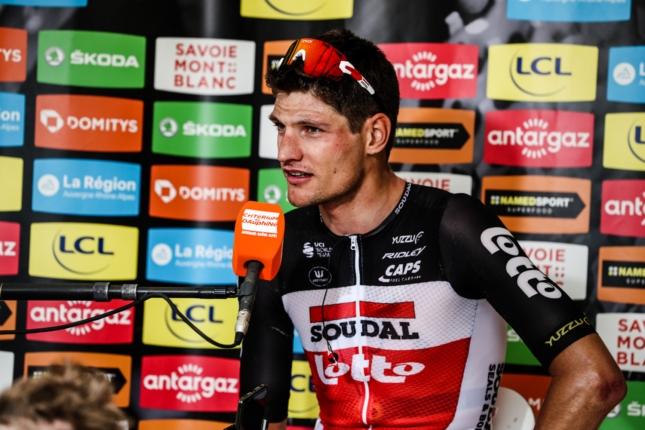 Critérium du Dauphiné: Na úvod sa z úniku presadil Brent Van Moer a získal všetky dresy