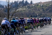 Gran Piemonte: V šprinte zvíťazil Matthew Walls z Bory, tesne porazil Nizzola