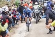 Na ťažkom cieľovom stúpaní triumf Lópeza, Roglič zvládol posledný horský deň, Storer opäť hrdinom