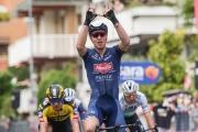 Okolo Beneluxu: Úvodnú etapu vyhral Melier, pelotón rozdelil vietor, Sagan spadol, ale do cieľa prišiel