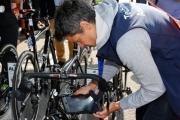 Aké pokuty rozdali rozhodcovia na Tour? Sagana za špurt napomínali už v 5. etape